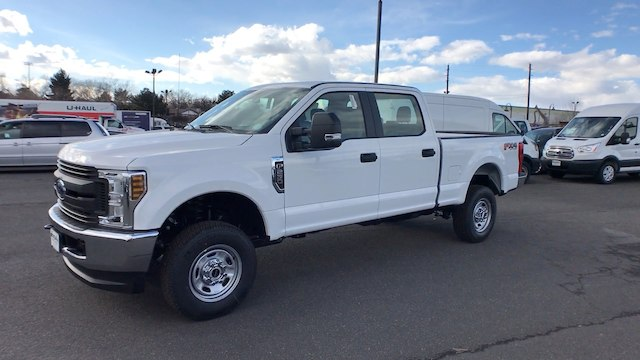 2018 F-250 Crew Cab 4x4, Pickup #JEB51033 - photo 4