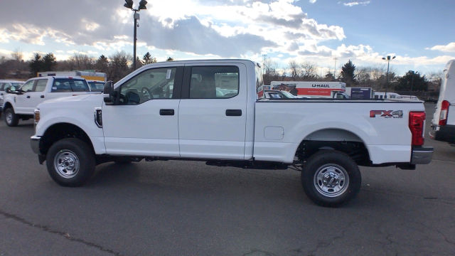 2018 F-250 Crew Cab 4x4, Pickup #JEB51033 - photo 5