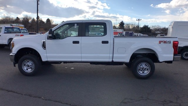 2018 F-250 Crew Cab 4x4, Pickup #JEB51034 - photo 5