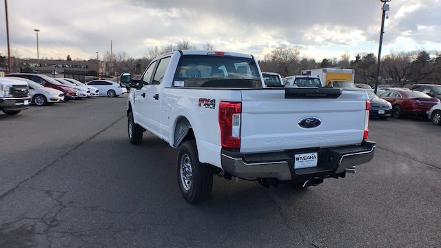 2018 F-250 Crew Cab 4x4, Pickup #JEB51034 - photo 6