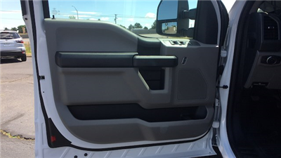 2018 F-250 Super Cab 4x4,  Pickup #JEC63365 - photo 12