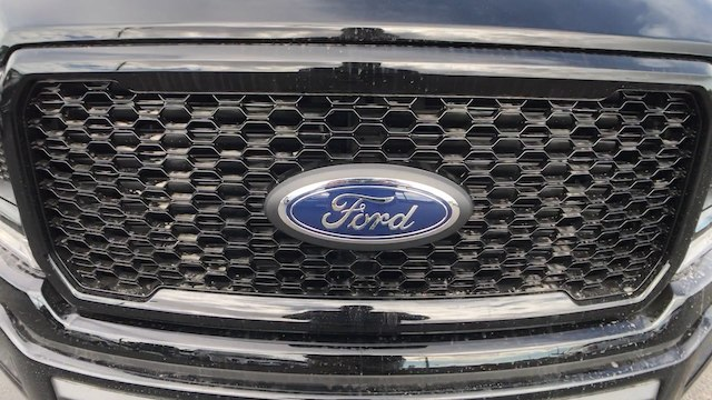 2018 F-150 Crew Cab 4x4, Pickup #JKC52478 - photo 26