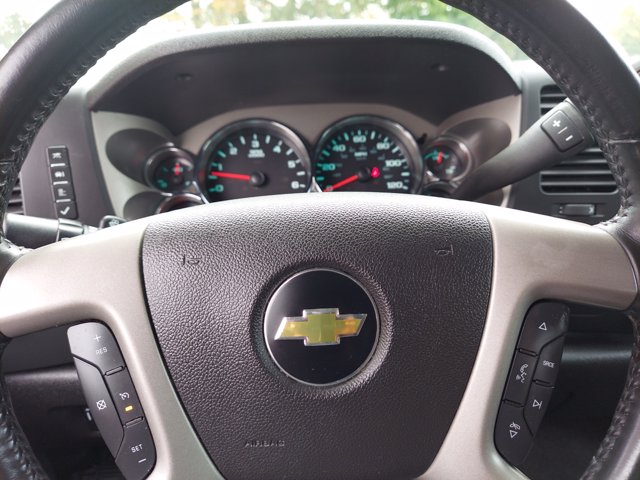2013 Chevrolet Silverado 1500 Crew Cab 4x4, Pickup #W00941F - photo 16