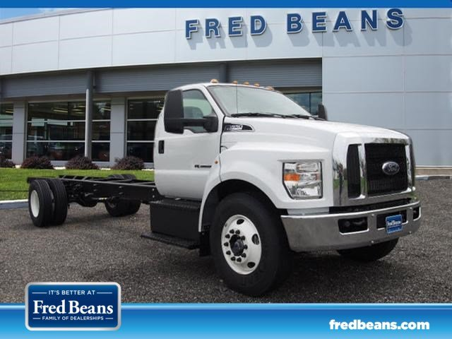 2017 F-650 Regular Cab, Cab Chassis #W17959 - photo 3