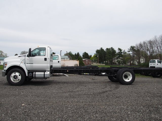 2017 F-650 Regular Cab, Cab Chassis #W17959 - photo 5