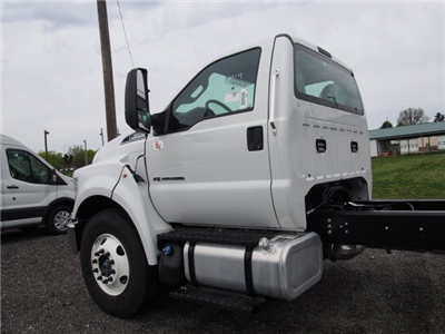 2017 F-650 Regular Cab, Cab Chassis #W17970 - photo 6