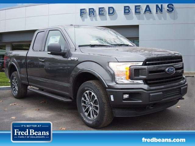2018 F-150 Super Cab 4x4, Pickup #W18198 - photo 3