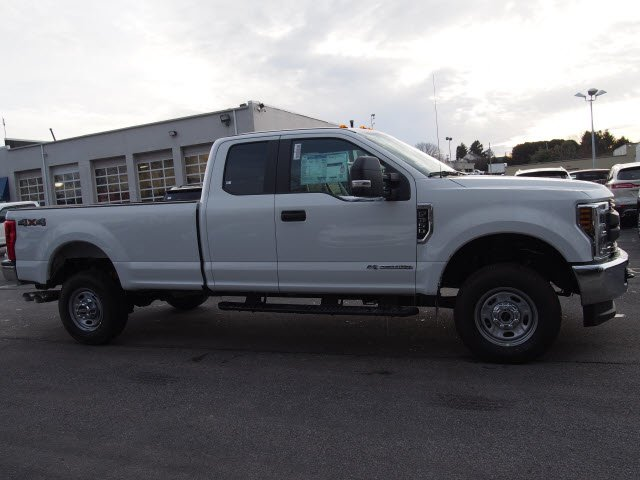 2018 F-350 Super Cab 4x4, Pickup #W18309 - photo 5