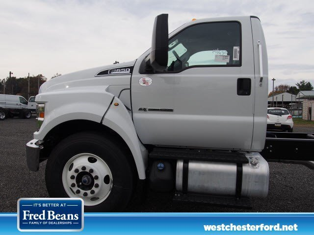 2018 F-650 Regular Cab DRW, Cab Chassis #W18468 - photo 4