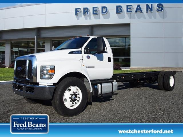 2018 F-650 Regular Cab DRW, Cab Chassis #W18514 - photo 4