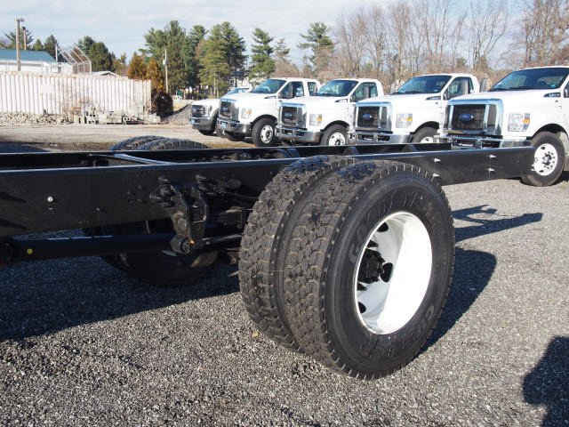 2018 F-650 Regular Cab DRW, Cab Chassis #W18515 - photo 10