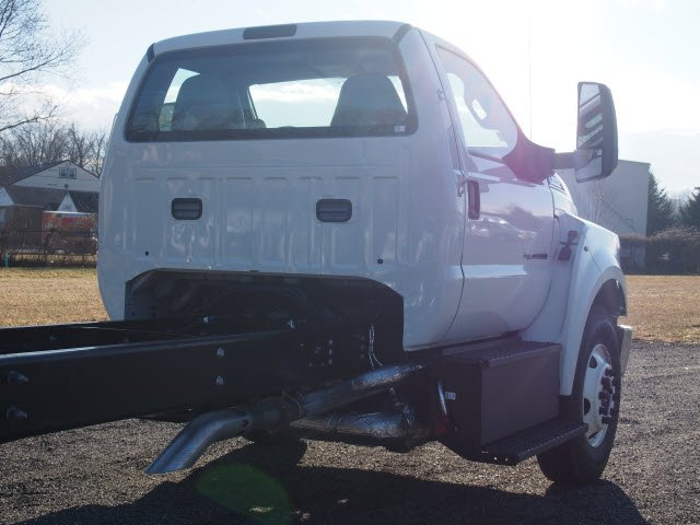 2018 F-650 Regular Cab DRW, Cab Chassis #W18515 - photo 7
