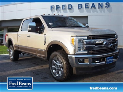 2018 F-250 Crew Cab 4x4, Pickup #W18534 - photo 9