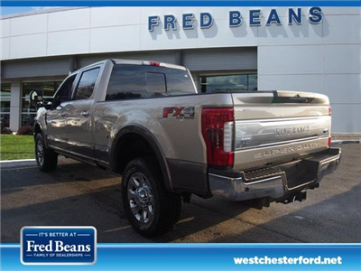2018 F-250 Crew Cab 4x4, Pickup #W18534 - photo 2