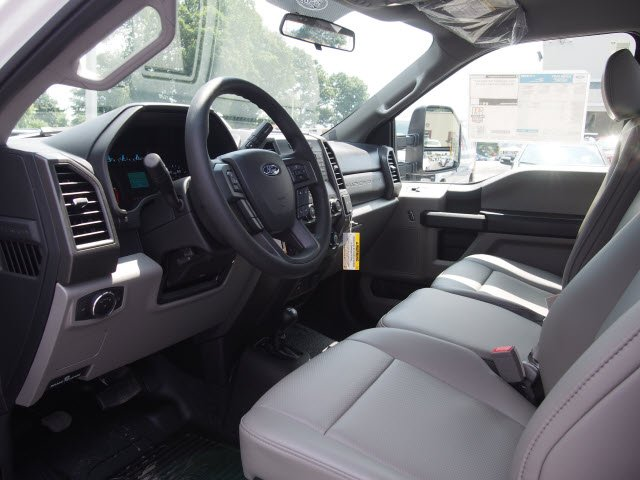 2019 F-550 Regular Cab DRW 4x4,  Cab Chassis #W19006 - photo 7