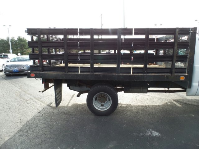 2008 F-350 Regular Cab DRW 4x2,  Stake Bed #W19111E - photo 5