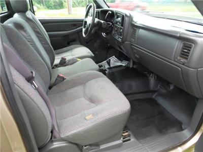 2005 Silverado 2500 Regular Cab 4x4,  Service Body #W20647S - photo 7