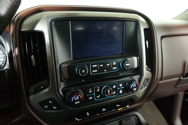 2015 Silverado 2500 Crew Cab 4x4,  Pickup #W20796S - photo 20