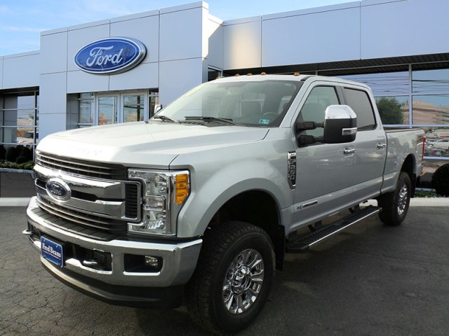 2017 F-250 Crew Cab 4x4,  Pickup #W20827P - photo 3