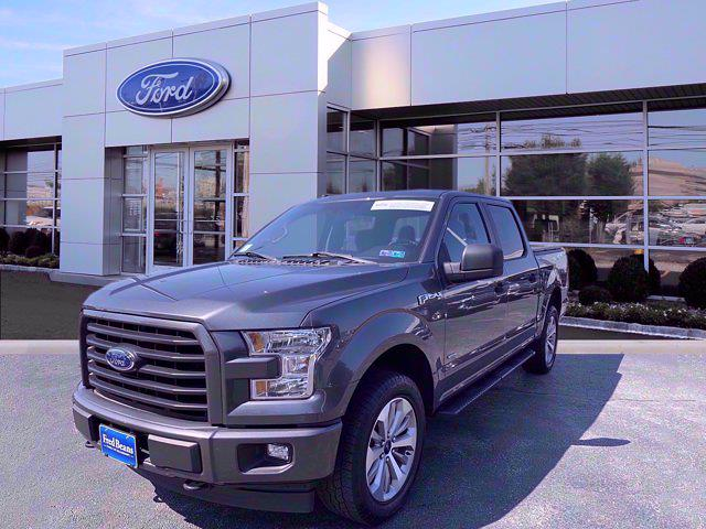 2017 Ford F-150 SuperCrew Cab 4x4, Pickup #W21349P - photo 3