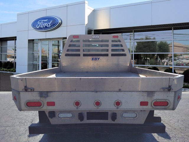 2005 Ford F-350 Regular Cab 4x4, Platform Body #W21417E - photo 1