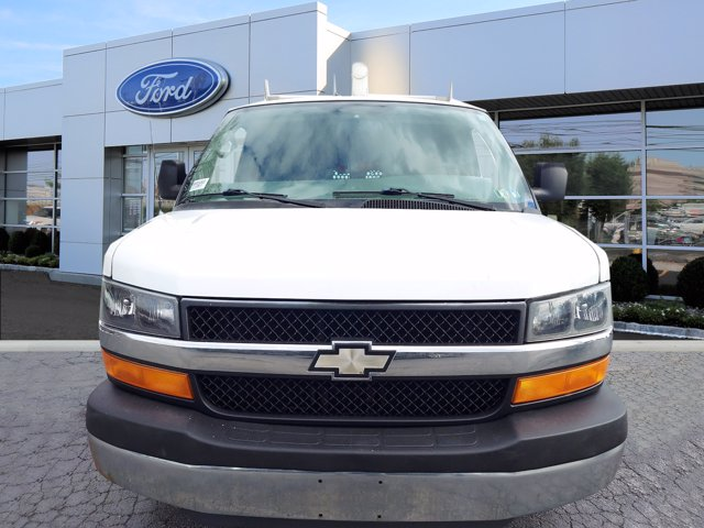 2009 Chevrolet Express 2500 4x2, Empty Cargo Van #WU001081E - photo 3