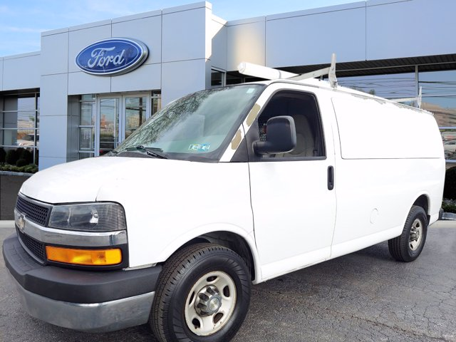 2009 Chevrolet Express 2500 4x2, Empty Cargo Van #WU001081E - photo 2