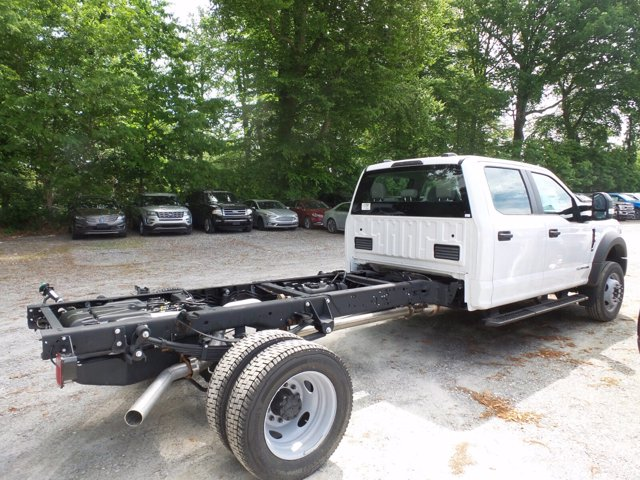 2020 Ford F-550 Crew Cab DRW 4x4, Cab Chassis #WU00524 - photo 2