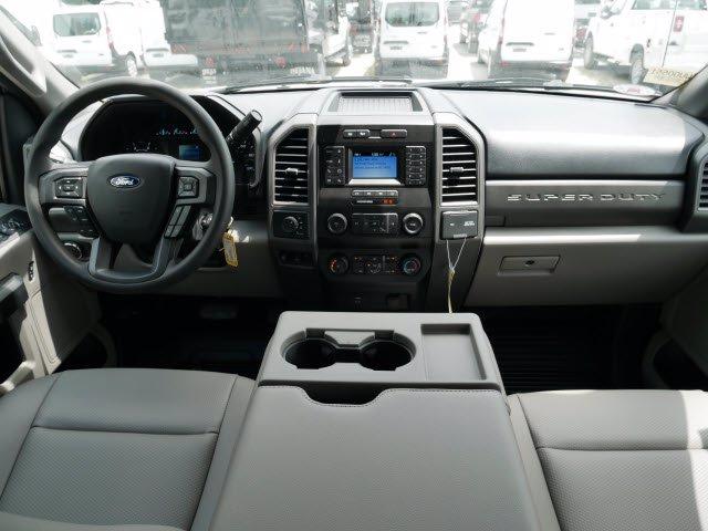 2020 Ford F-550 Crew Cab DRW 4x4, Rugby Landscape Dump #WU00551 - photo 6