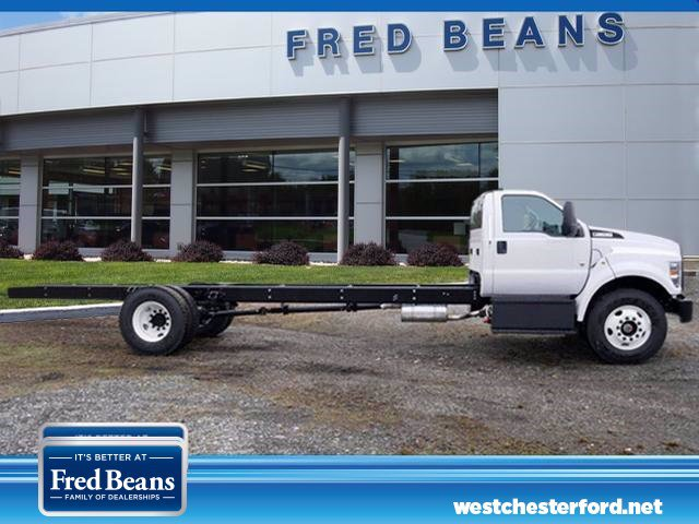 2021 Ford F-650 Regular Cab DRW 4x2, Cab Chassis #WU10009 - photo 1