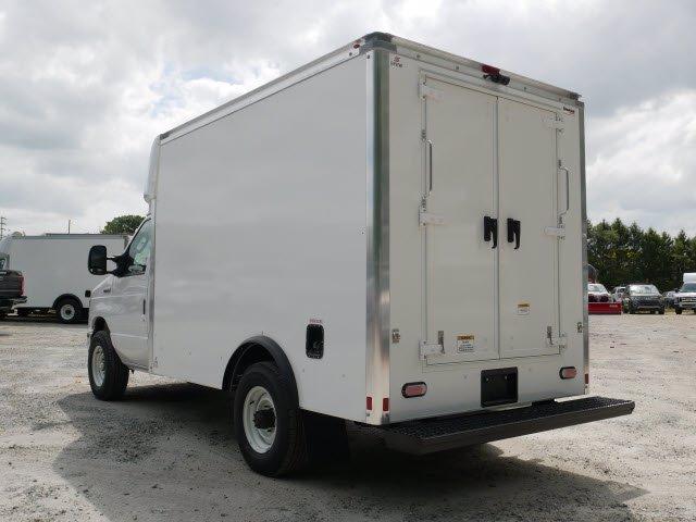2021 Ford E-350 RWD, Supreme Cutaway Van #WU10016 - photo 1