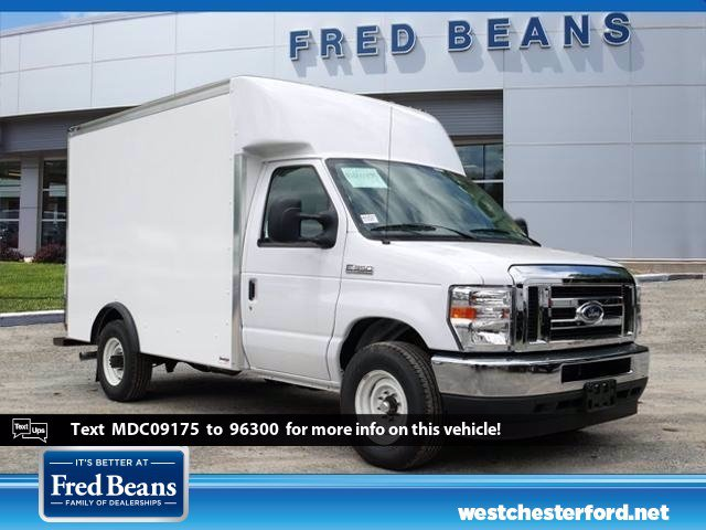 2021 Ford E-350 RWD, Supreme Cutaway Van #WU10027 - photo 1