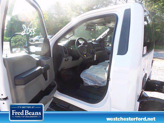 2021 Ford F-350 Regular Cab DRW 4x4, Cab Chassis #WU10550 - photo 5