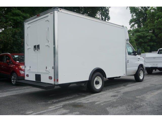 2019 E-350 4x2, Supreme Cutaway Van #WU191067 - photo 1