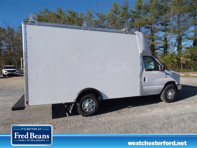 2019 Ford E-350 4x2, Supreme Spartan Cargo Cutaway Van #WU191108 - photo 2