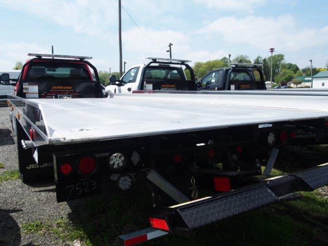 2019 F-550 Regular Cab DRW 4x4,  Jerr-Dan Standard Duty Carriers Rollback Body #WU19740 - photo 2