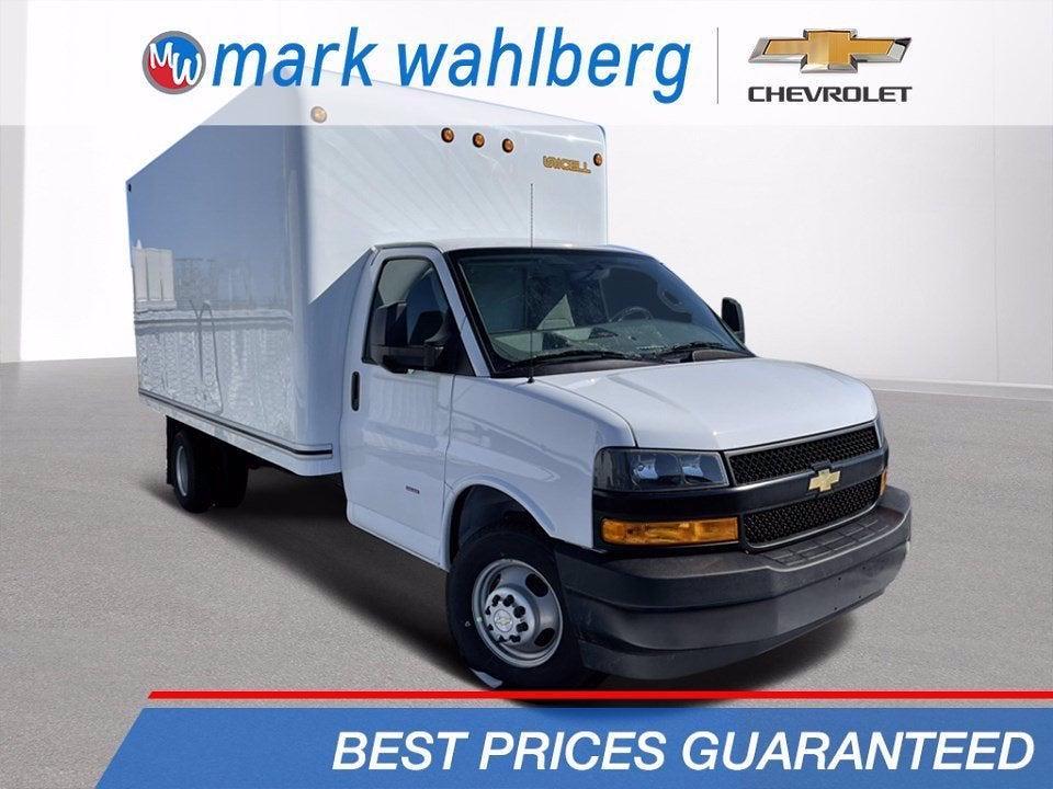 2021 Chevrolet Express 3500 DRW 4x2, Unicell Cutaway Van #CF1T001910 - photo 1