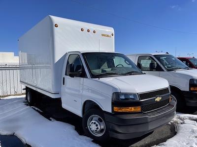 2021 Chevrolet Express 3500 DRW 4x2, Unicell Cutaway Van #CF1T001910 - photo 2