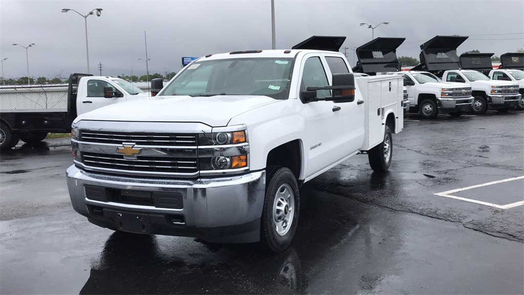 2018 Silverado 2500 Crew Cab 4x4,  Service Body #CF8T273994 - photo 3