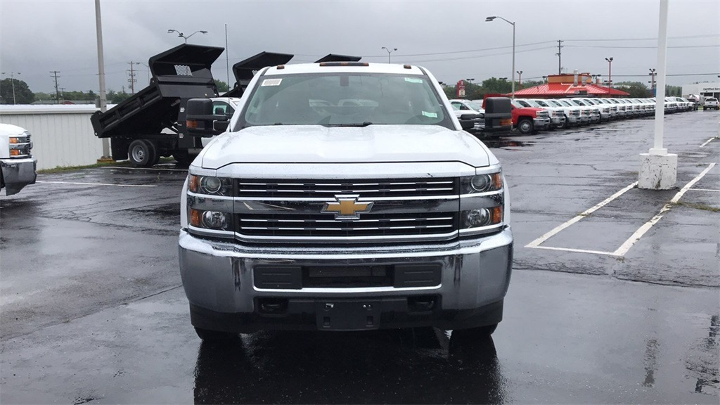 2018 Silverado 2500 Crew Cab 4x4,  Service Body #CF8T273994 - photo 4