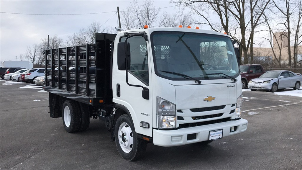 2018 LCF 4500 Regular Cab,  Cab Chassis #CF8T810311 - photo 4