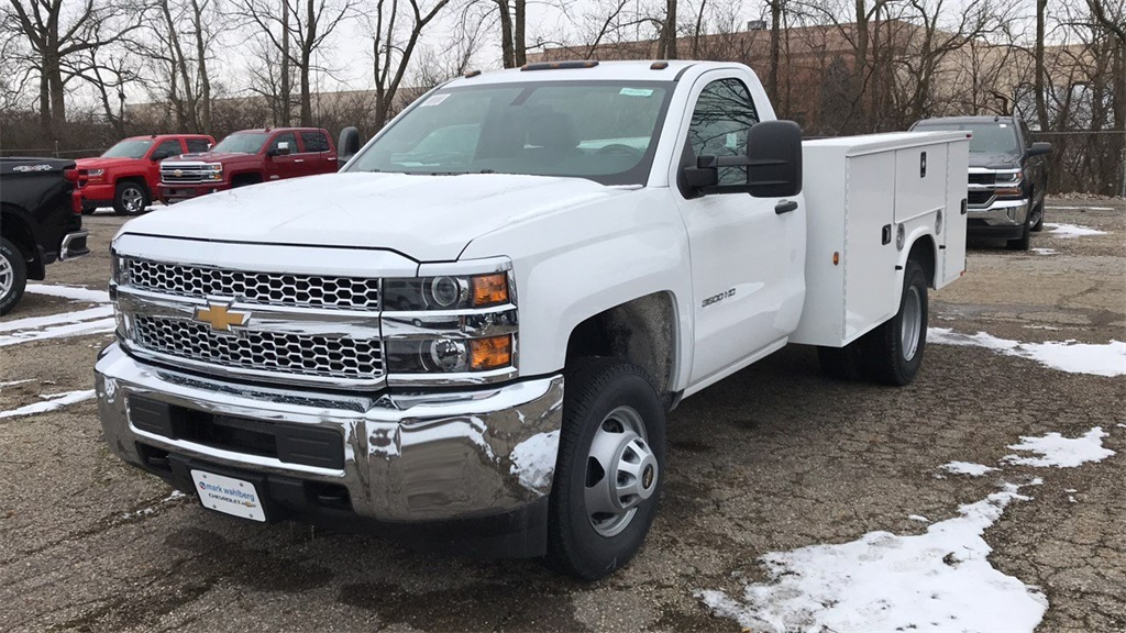 2019 Silverado 3500 Regular Cab DRW 4x4,  Knapheide Service Body #CF9T109862 - photo 3