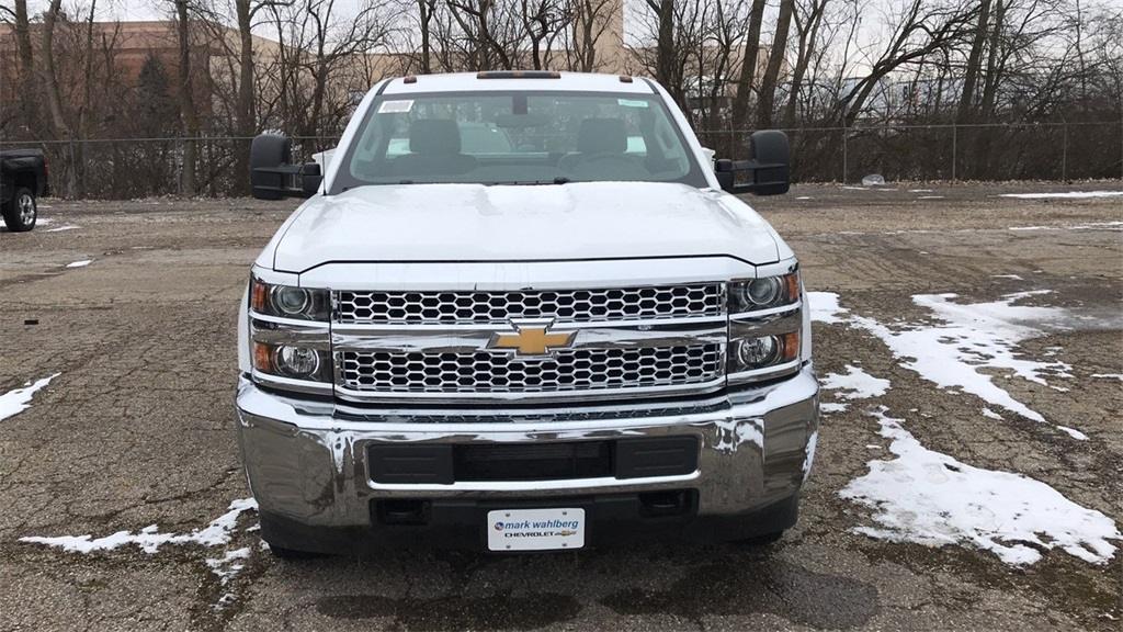 2019 Silverado 3500 Regular Cab DRW 4x4,  Knapheide Service Body #CF9T109862 - photo 2