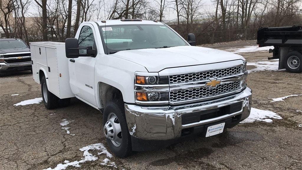 2019 Silverado 3500 Regular Cab DRW 4x4,  Knapheide Service Body #CF9T109862 - photo 4