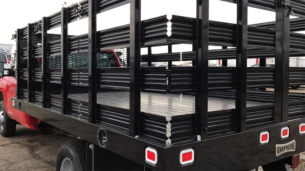 2019 Silverado 3500 Regular Cab DRW 4x2,  Knapheide Stake Bed #CF9T119889 - photo 4