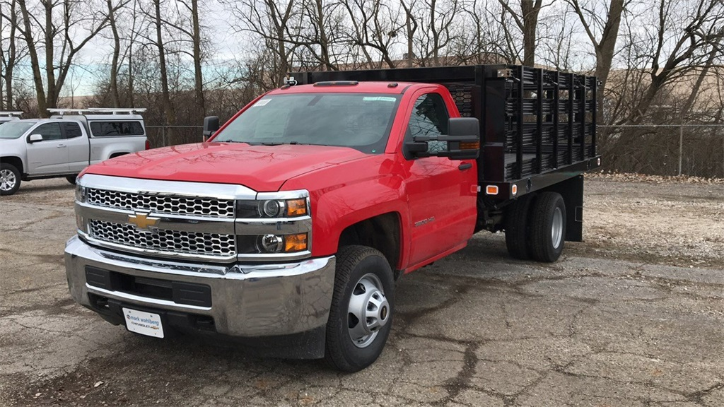 2019 Silverado 3500 Regular Cab DRW 4x2,  Stake Bed #CF9T119889 - photo 3