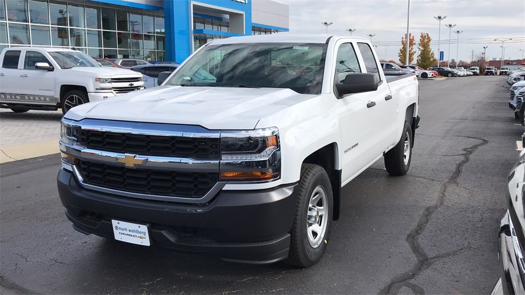 2019 Silverado 1500 Double Cab 4x4,  Pickup #CF9T129885 - photo 3