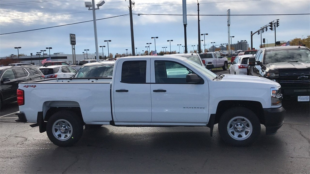 2019 Silverado 1500 Double Cab 4x4,  Pickup #CF9T129885 - photo 6