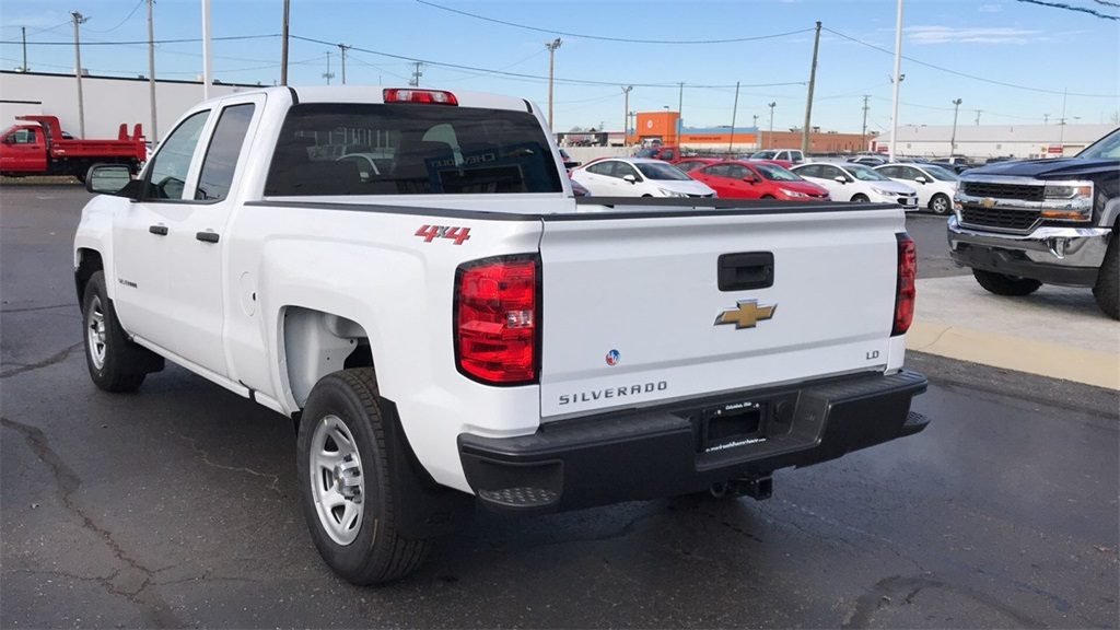 2019 Silverado 1500 Double Cab 4x4,  Pickup #CF9T129885 - photo 2