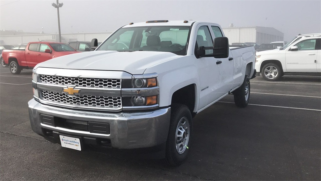 2019 Silverado 2500 Double Cab 4x2,  Pickup #CF9T146191 - photo 3